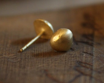 Jewelry, Gold, 18k gold, Earrings, Gold studs, Gold earrings, 18k gold earrings, Wedding, Round earrings, Stud earrings, Wedding earrings