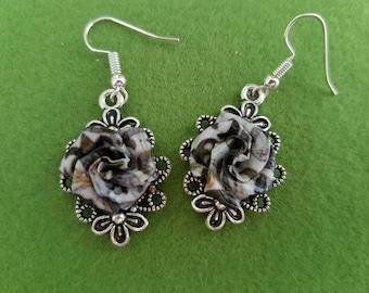 Victorian floral earrings, Victorian earrings, Victorian floral, floral earrings, Victorian design, William Morris, grey earrings, grey rose