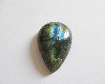 Labradorite - ref63165 - undrilled - 27x18x6mm (blue green gold highlights)