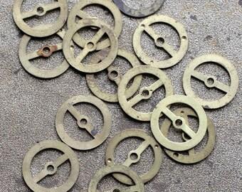 Vintage clock brass gears -- set of 18 -- D16