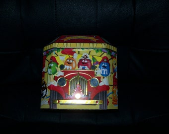 1997 Engine Hook & Ladder M and M Collectible Tin #6