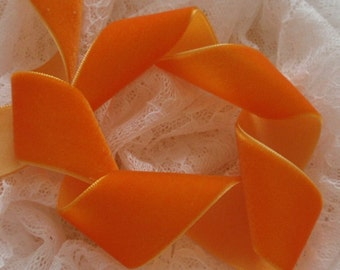 3 Yards Velvet Ribbon in Orange (1 inch) Y-035