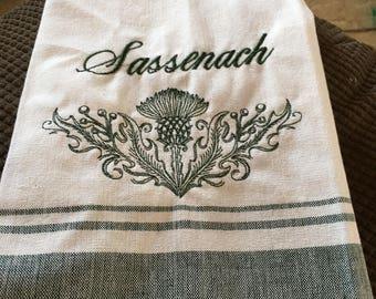 Sassenach towel with green border