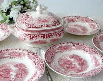 Royal Sphinx for 6 persons Petrus Regout red white transfer ware soup terrine/antique dining plate & lid terrine 2.75 L from Holland