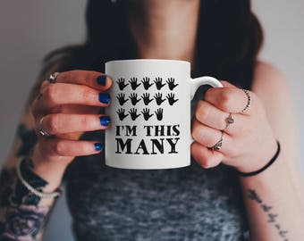 Funny Sixty Nine Years Old Gift, I'm This Many Fingers | Vintage 69th Birthday Anniversary Bday Mug | For Family Who Loves Sarcasm & Irony