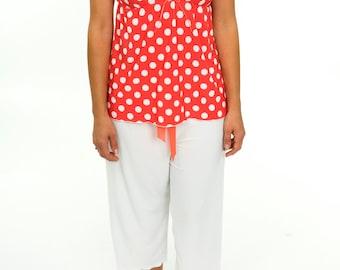 Women's Pajama Set - Two-Piece Spring Summer Pajamas Loungewear Hot Pink Polka Dots White Flowers - Sleeveless Shirt & Capri Pants Sleepset