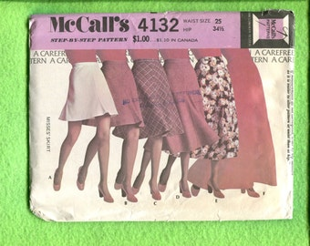 1970's McCalls 4132 Flirty Fabulous Flared Skirts in Six Lengths Size 10