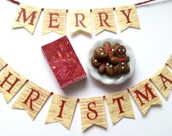Xmas miniatures, one inch scale, little xmas gift, dollhouse bundle, fireplace garland, miniature book, gingerbread men, miniature food, bjd