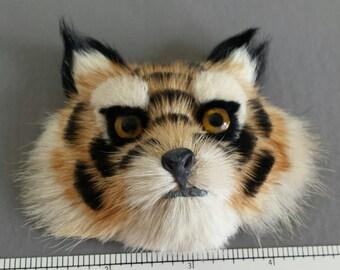 Vintage Tiger or Fox brooch