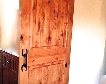 Barn door handle, Horseshoe door pulls, handle hardware, IN STOCK incl. wood screws