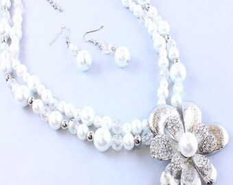 Glass Pearl Multi-Strand Necklace Set with Flower Pendant