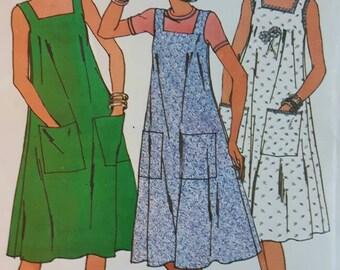 Vintage Women's Dress Sewing Pattern