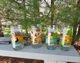 Camp Snoopy Collection Glasses - Set of 4 Tumblers McDonald's 1980's