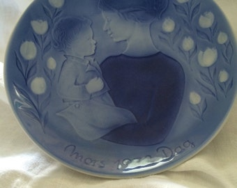 Mother's Day Plate 1972
