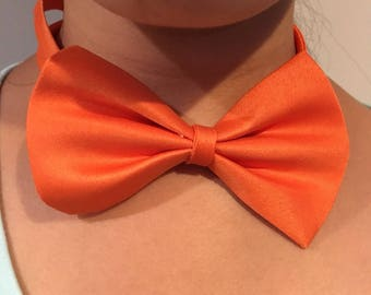Free shipping Adjustable Fashionable Bow Tie Fits Neck 10 to 16 in, Collar Accessory for Him/Her, Dog/Cat Pet , Bells Collar.READY TO SHIP