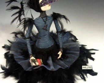 "CR952E - ""The Raven""  Cloth Art Doll Making E-class (PDF Download)"