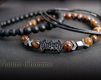 A trio of bracelets Batman leather and natural stones Ref: BN-360