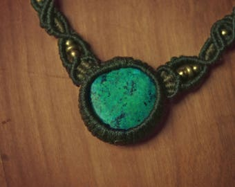 Macrame necklace green & khaki with brass beads and Chrysocolla stone