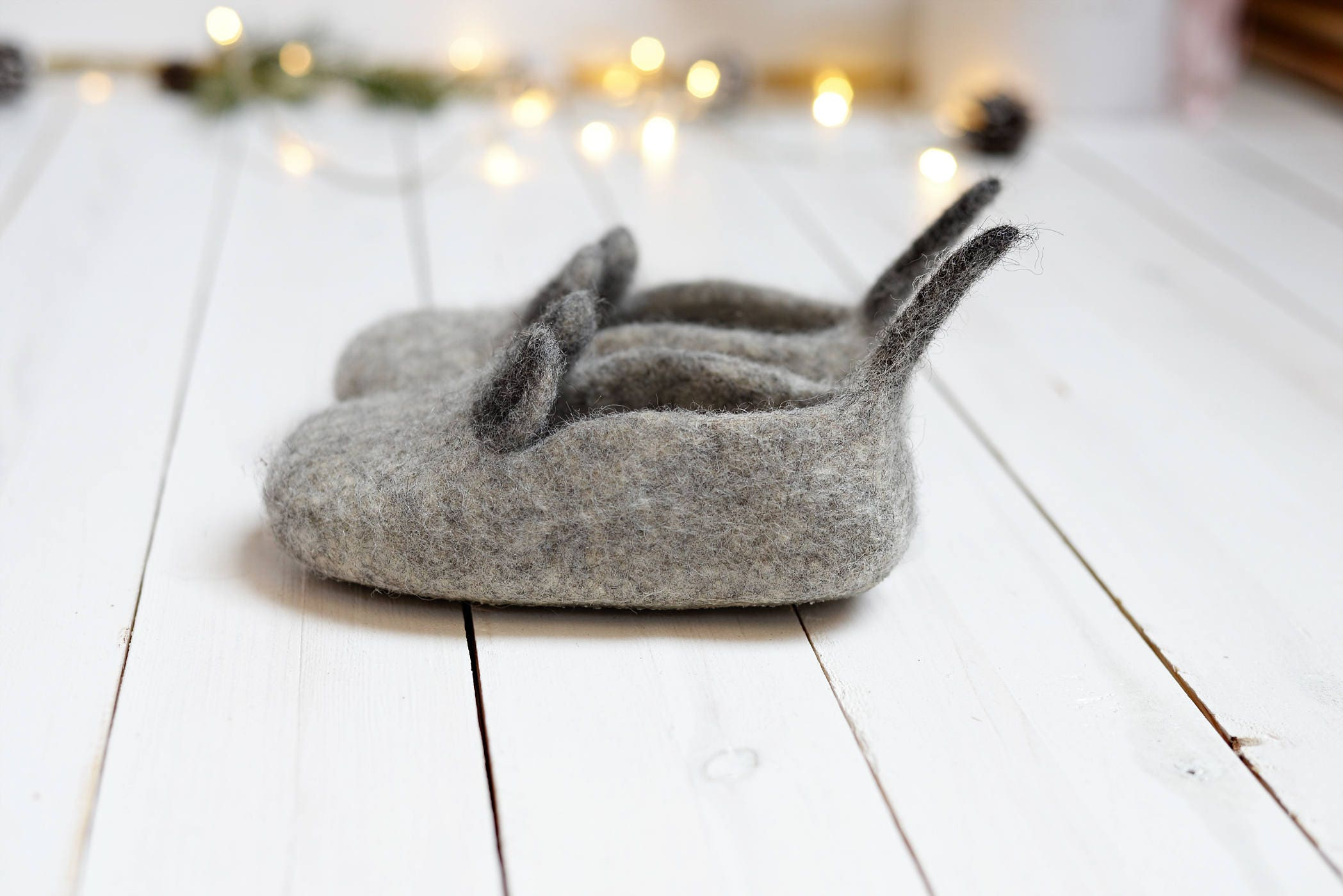 Baby wool slippers from uncolored wool, natural kids house slippers