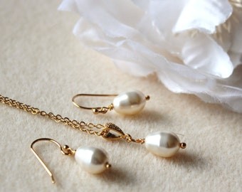 Gold Bridesmaid Gift Set Bridesmaid Jewelry Gold filled Swarovski Pearl Earrings and Necklace Set Gold Wedding Jewelry Set