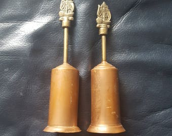Pair of small crumb brushes with ships on top