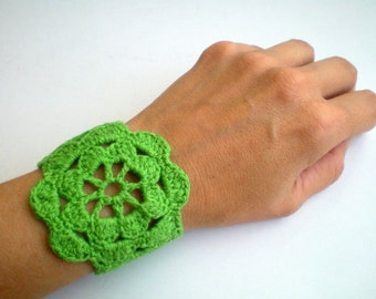 Green Crochet Bracelet, Lace Cuff Wrist Band