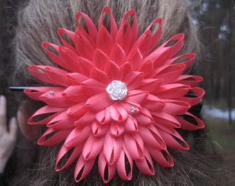 Kanzashi flower Red kanzashi flowers Kanzashi hair clip Handmade flower Wedding decoration Birthday gift for her Hair ornament Pink hairclip