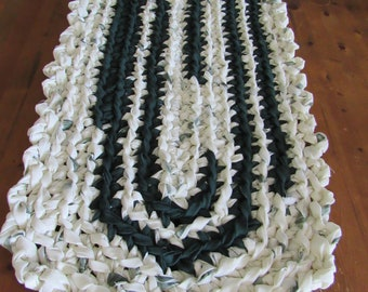 Eggshell & Forest Green Crocheted Rag Rug CP114