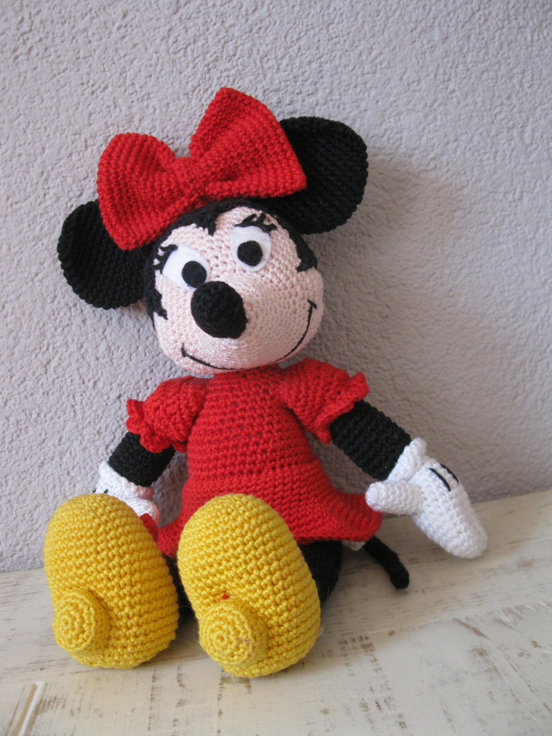 Minnie mouse crochet pattern, about 14 inches tall from ...