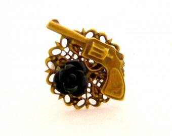 pistol steampunk vintage black flower ring