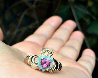 Vintage 9ct Gold Pink Topaz & Opal Irish Claddagh Ring