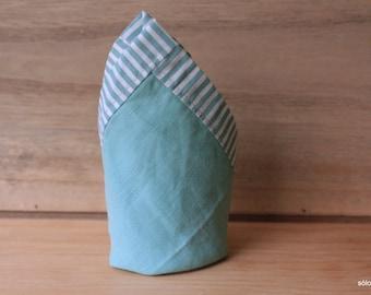 Pañuelo de bolsillo - Lino azul. Pañuelo de bolsillo hecho a mano con lino y tela de algodón de gran calidad.