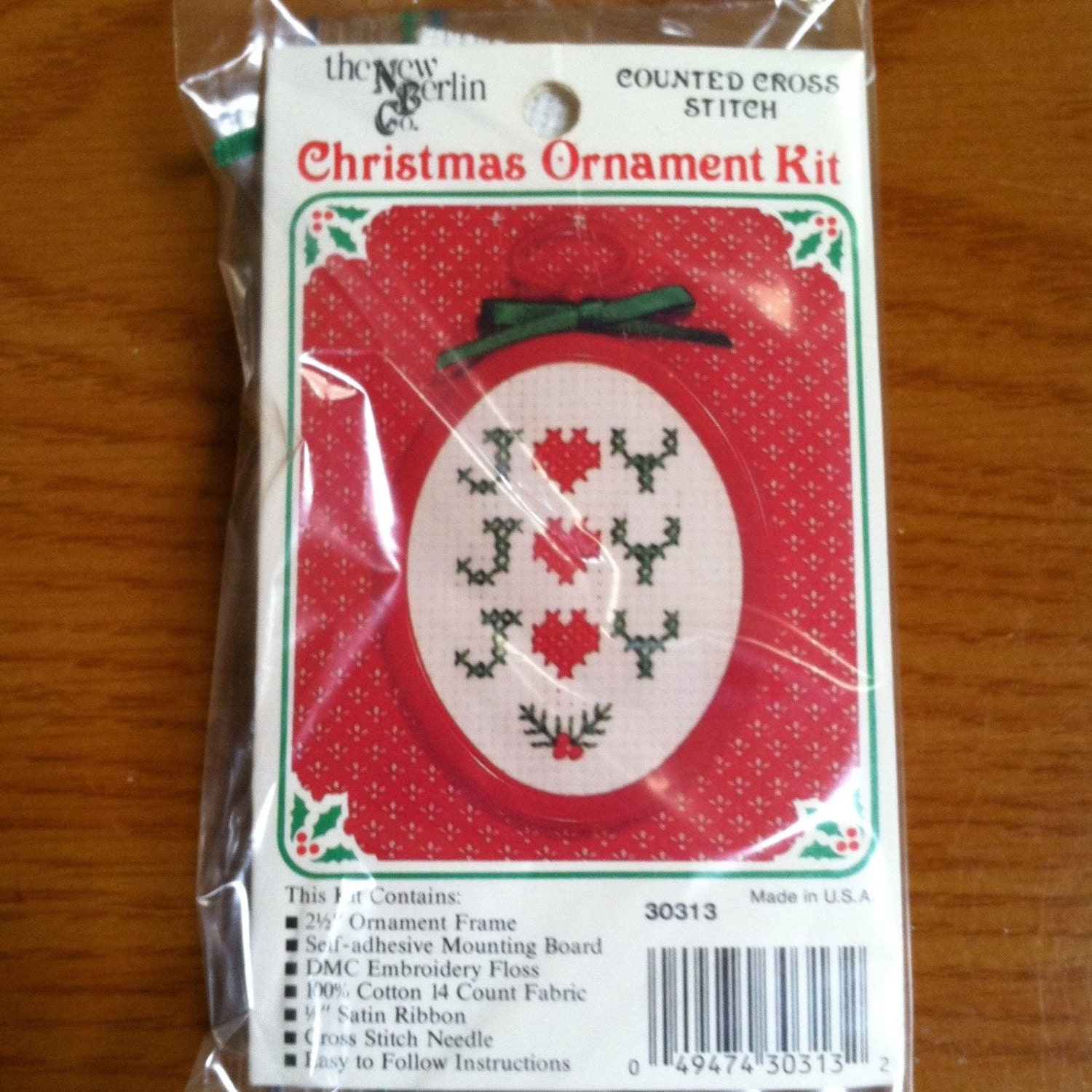 Lot of Two New Counted Cross-Stitch Christmas Kits -Stitch \'N Hang ...