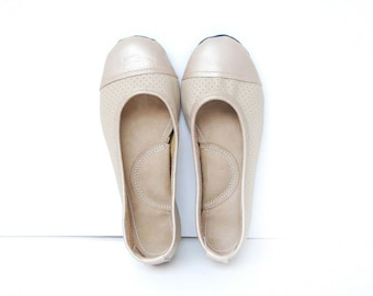 Handmade leather ballerina flat shoes perforated beige custom made