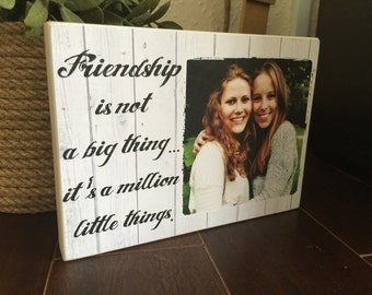 "Personalised Photo Block 7x5"" with Friendship Quote Friend Birthday gift on wood"
