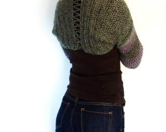 Crochet Pattern - Faded Hydrangea Shrug/Rustic Look Cropped Cardigan/ Ombre Shouders Coverup/Open Back Chunky Bolero