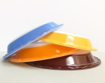 Agee/Crown Pyrex #PRS8 and #PRS9 scalloped pie dishes (sold separately)
