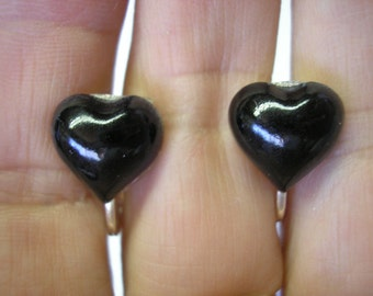"Play Earring - Clip - Puffy Heart - Pearl Black - 1/2"""