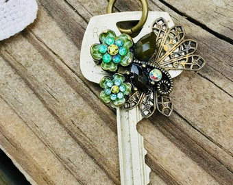 Key pendant, beautiful green butterfly, vintage