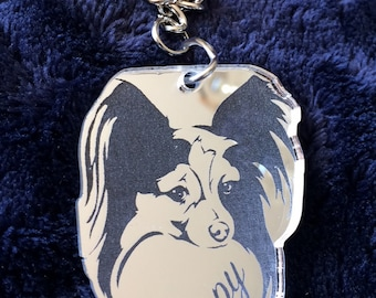 Personalised Pomeranian Keyring in Silver Mirror