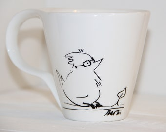 Mug peint à la main. Oiseau mignon de tasse, tasse à café en porcelaine, art, Designer Mug, tasse de Cool, noir et blanc tasse, Mug personnalisé, Funny mug, tasse Unique