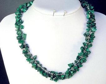 Necklace Malachite Chip Beads Chained Dangle NSMA1497