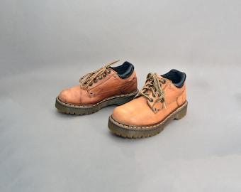 vintage 90s DOCS Dr. Martens brown leather grunge vtg 1990s oxfords shoes UK 6 US 8.5 Euro 39