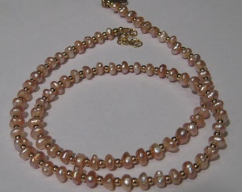 Freshwater Pearl necklace............. approx 16 inches ............      e872