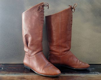 9 WEST Nine West Vintage 1980's Brown Leather Boots..Ladies Size 7 M..Lace-Front Pull On..Slouchy