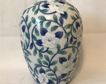 Blue & White Maebata Lotus Flower Chinoiserie Vase