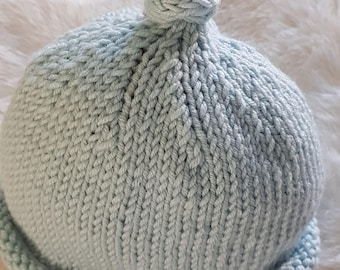 Knotted baby beanie in baby cashmere merino with silk
