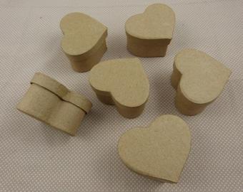 "Set of blank cardboard boxes ""heart"""