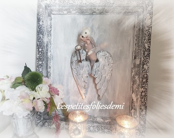 Large frame shabby chic by Emi