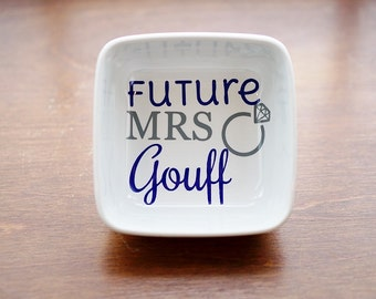 Ring Dish, Engagement Gift, Future Mrs Gift, Personalized Ring Dish, Jewelry Dish, Engagement Ring Dish, Bride to Be, Ring Holder